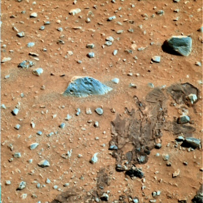 NASA altering the true colors of Mars?